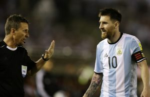 FIFA wil Messi horen over wangedrag tegen Chili