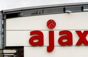 ajax-verlengt-sponsorcontract-abn-amro-met-twee-jaar