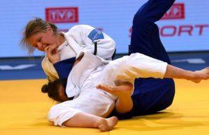 debutante-van-dijke-verrast-met-goud-ek-judo-in-warschau